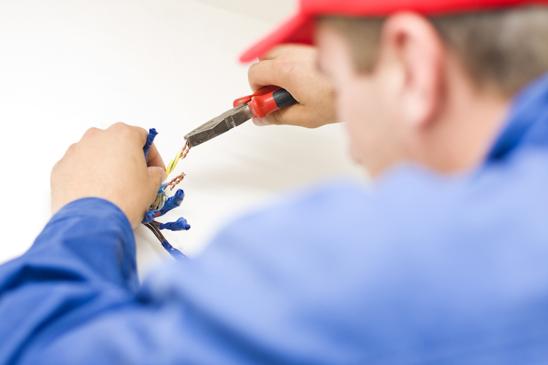 An electrician servicing a Melbourne home in Ringwood